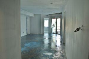 304 Main Living n Terrace Jan 2 20