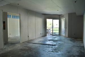406 Main Living n Terrace Jan 2 20